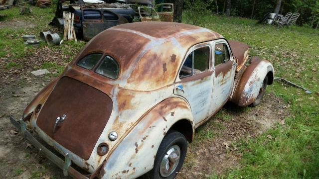 1940HupmobileHandBuiltpicNo3.jpg