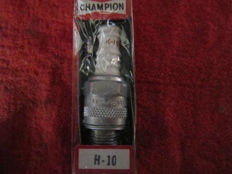 ChampionH10plugs005.JPG