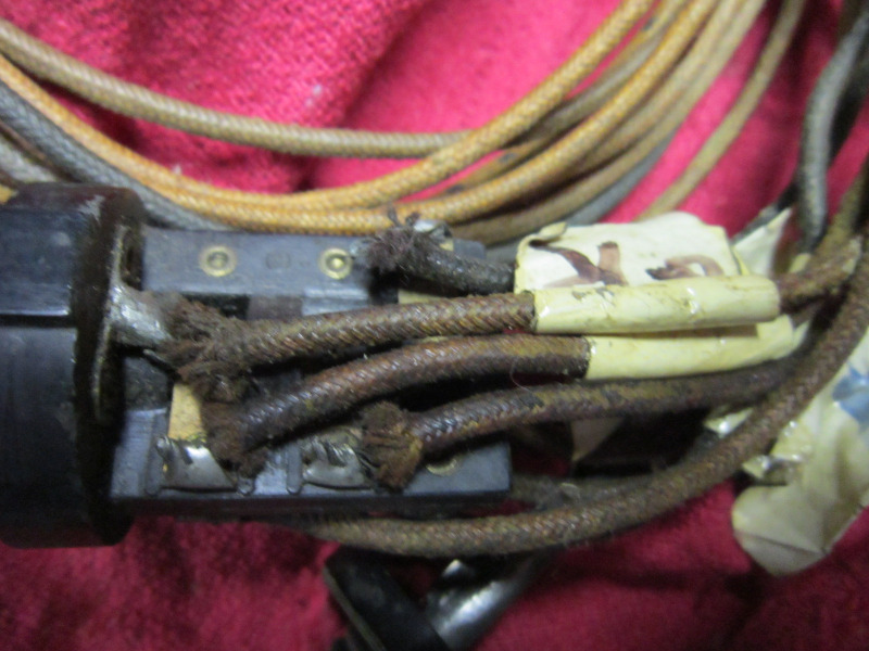 CordCroslyRadiopowerconnections010.JPG