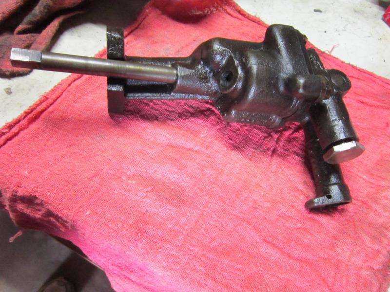 OilPumpPressureRegulator001.JPG