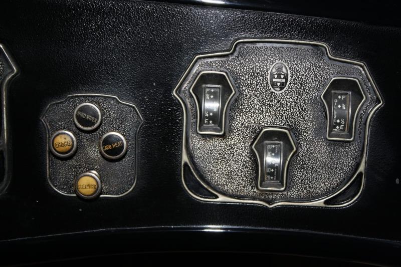 1930CordL-29sedanenPueblamuseo3.JPG
